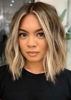 Bored with your traditional lob style? If so, you'll want to check out these 29 ways to style a lob haircut and get inspired! Medium Hair Cuts, Medium Hair Styles, Curly Hair Styles, Hair Styles Short To Medium, Ombre Hair Styles, Ombre Hair Colour, Medium Haircuts For Women, Short Hair Lengths, Brown Blonde Hair