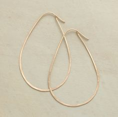 AVOCADO HOOP EARRINGS - Worked by hand, 14kt goldfilled wire