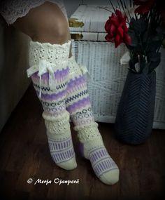 Crochet Stitches, Knit Crochet, Crochet Hats, Knitting Patterns, Crochet Patterns, Leg Art, Funky Socks, Poncho, Crochet Slippers
