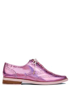 The Irregular Choice Nougat Pale Pink Metallic Brogues features an oxford holographic body, pointed toe, and lace up front. Free standard U.S. shipping $75+.