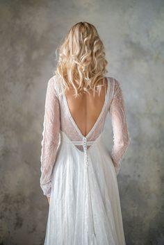 Long Sleeve Boho Wedding Dress Bohemian Lace Backless