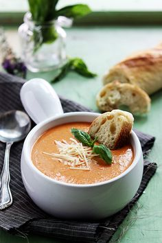 Slow Cooker Tomato Basil Parmesan Soup