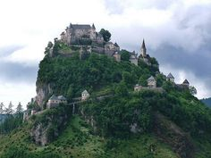 Hochosterwitz Castle, considered to be one of Austria's most impressive medieval castles (by Gabriella Bottka).