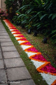 Diwali Decorations At Home, Wedding Stage Decorations, Backdrop Decorations, Festival Decorations, Flower Decorations, Background Decoration, Diy Flowers, Rangoli Designs Flower, Flower Rangoli
