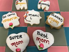 MOTHERS DAY COOKIES from El BOLILLO BAKERY in HOUSTON, TX #elbolillobakery #elbolillo #bolillo #panaderia #pandulce #bakery #bake #concha #pasteleria #houston #tresleches #empanada #cake #local #mexican #mexicandessert #mexicanbakery #food #postres #dessert #breakfast #uniconcha #concha #cafe #coffee #desayuno #mexico #mothersday #mom #mother #diademadres #madre