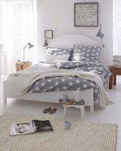 uma casa relaxante   O que faz uma casa relaxante na sua opinião?     Concordo com a revista Micasa quando afirma que se a casa for segura ...