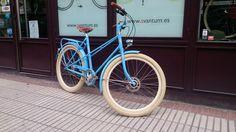 #Retrovelo modelo Anna Alfine 11 con frenos de disco. #biciclasica #avantumbikes