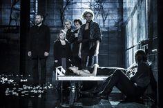 Hamlet, Shakespeare by David Bobee