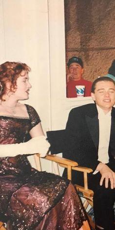 Titanic Behind The Scenes, Leonardo Dicapro, Leo And Kate, Jack Dawson, Young Leonardo Dicaprio, Titanic Movie, Sad Movies, Kate Winslet, Retro Outfits
