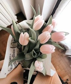 Find images and videos about pink, flowers and bouquet on We Heart It - the app to get lost in what you love. Flowers Nature, My Flower, Beautiful Flowers, Photowall Ideas, Orquideas Cymbidium, No Rain, Flower Aesthetic, Floral Arrangements, Planting Flowers