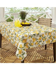 Lemon Tree Printed 60 x 104 Fabric Tablecloth