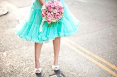styled shoot: pink & aqua lifestyle shoot for propose pr Aqua Wedding, Luxury Wedding, Wedding Blog, Wedding Flowers, Pallet Wedding, Happy Flowers, Tiffany Blue, Bridal Style, Pretty In Pink