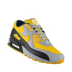 I designed this at NIKEiD Iowa Hawkeye tennis shoes