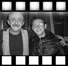 con el actor y el monologuista Santi Rodriguez en la Chocita del Loro, Madrid