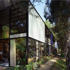 http://www.eamesoffice.com/events/members-appreciation-day-at-the-eames-house-2/