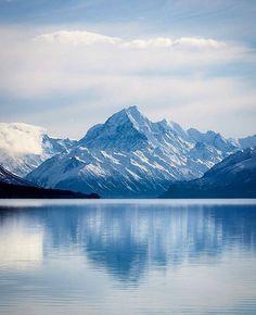 Lake Pukaki, Mount Cook Photo by: @rachstewartnz #newzealandvacations to be featured ✌