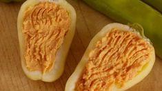 körözött paprikába töltve Zucchini, Bacon, Muffin, Bread, Vegetables, Food, Cooking, Brot, Essen