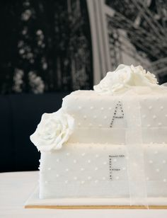 #wedding #cake - Simple Initials Maybe this for the cutting and cupcakes for the guests?