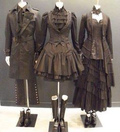 Steampunk formal wear--I don't really care for steampunk all one colour (some tans or golds would look perfect with this) but somehow this really works. I like the noir-style steampunk on the left. Costume Steampunk, Mode Steampunk, Style Steampunk, Gothic Steampunk, Steampunk Clothing, Steampunk Outfits, Gothic Outfits, Casual Steampunk Fashion, Everyday Steampunk