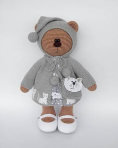 Handmade  Вязаные игрушки от Яниной Ольги Crochet Teddy, Crochet Bear, Knitted Dolls, Crochet Dolls, Diy Crochet For Beginners, Crochet Russe, Crotchet Animals, Little Cotton Rabbits, Toy Craft
