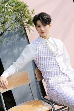 Listen to every Astro track @ Iomoio Asian Actors, Korean Actors, Park Jin Woo, Cha Eunwoo Astro, Jinjin Astro, Lee Dong Min, Sanha, True Beauty, K Pop