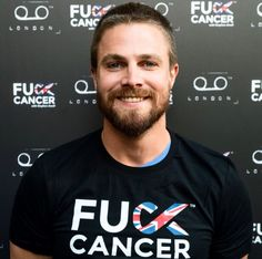 that smile, dimples and absolutely f**k cancer ❤️❤️ Arrow Tv Series, Stephen Amell, Shadow Hunters, Dimples, Celebrity Crush, Beautiful Men, Cancer, Smile, Sterling Archer