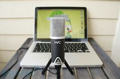 Nice mic that can fit in the computer bag for mobile recording