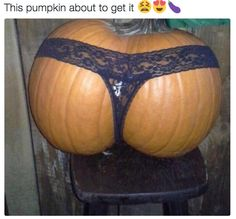 This sexy pumpkin:
