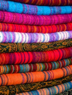 Leigh! Good ideas here. How to shop for Nepalese souvenirs