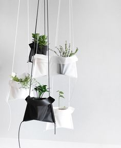 Pot Cradle - beeldsteil.com Hean Design #urbanjunglebloggers