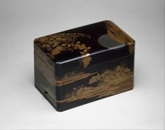 Stationery Box with Moon and Autumn Grasses, 18th century. Edo period (1615–1868). Japan. Black lacquer with powdered and sprinkled gold and silver hiramaki-e and silver foil application; H. 5 3/4 in. (14.6 cm); W. 5 7/8 in. (14.9 cm); L. 9 1/4 in. (23.5 cm). The Metropolitan Museum of Art, New York,  Purchase, Barbara and William Karatz Gift, 2008 (2015.500.2.42a–c).  Photo: Courtesy of The Metropolitan Museum of Art.