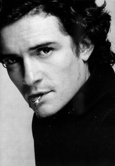 Black  White: Orlando Bloom
