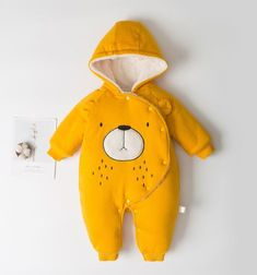 Bear Art, Designer Kids Clothes, Matching Family Outfits, Baby Outfits Newborn, Mom And Baby, Latest Fashion For Women, Dinosaur Stuffed Animal, Kids Outfits, Tulum