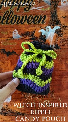 Witch Inspired Ripple Soap Cozy, Candy Pouch or Small Gift Bag – Free Crochet … – Crochet Bag İdeas. Diy Crafts To Sell, Diy Crafts For Kids, Sell Diy, Kids Diy, Craft Ideas, Small Gift Bags, Small Gifts, Free Knitting, Free Crochet