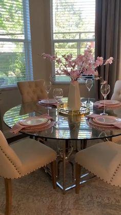 Decor Home Living Room, Dining Room Table Decor, Living Room Modern, Home And Living, Living Room Designs, Home Room Design, Dream Home Design, Bathroom Interior Design, House Design