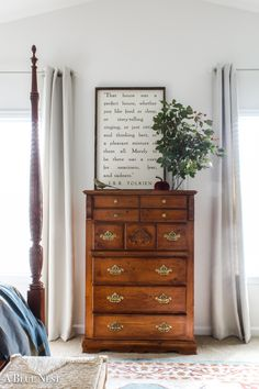 I tackled this wooden dresser makeover to give our thrifted piece a new life. Black paint and soft distressing create a classic and well loved look. Decor, Dresser Makeover, Home Decor, Bedroom Inspirations, Wooden Dresser, Bedroom Decor, Furniture Makeover, Bathtub Design, Tall Dresser Decor