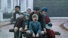 """The first photo of Emily Blunt in character as the no-nonsense nanny in """"Mary Poppins Returns"""" alongside Broadway sensation Lin-Manuel Miranda (""""Hamilton"""") as street lamplig… Disney Movies To Watch, New Movies, Movies And Tv Shows, Latest Movies, Ben Whishaw, Walt Disney Pictures, Emily Blunt, Mary Poppins Returns Cast, Songs From Mary Poppins"""