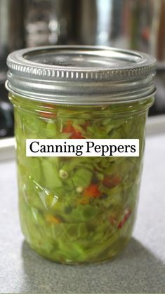 Freezing Vegetables, Canning Vegetables, Mason Jar Meals, Meals In A Jar, Home Canning Recipes, Jar Recipes, Yummy Recipes, Canning Peppers