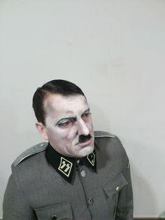 Parecido razonable ou non. Adolf Hitler