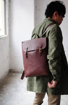 Hand Stitched Large Leather Backpack van ArtemisLeatherware op Etsy