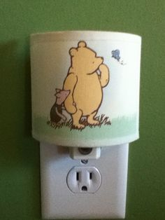 Winnie the Pooh night light Winnie The Pooh Nursery, Winne The Pooh, Bear Nursery, Disney Nursery, Baby Disney, Nursery Room, Dream Baby, Baby Love, Nursery Themes
