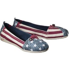 Mad Love American Flag Canvas Slip Ons Only worn a few times! EUC! No stains, snags or flaws! Great summer flat! Size listed as 5/6 Mad Love Shoes Flats & Loafers