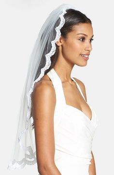 Free shipping and returns on WEDDING BELLES NEW YORK 'Lola - Swarovski Crystal' Lace Border Veil at Nordstrom.com. A graceful, flowing veil features a scalloped border of French lace accented with dazzling Swarovski crystals.