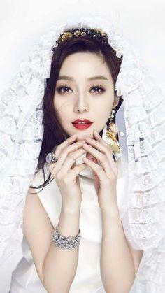 Fan Bingbing Fan Bingbing, Beautiful Chinese Girl, Chinese Model, Dressing, Chinese Actress, Girl Day, Couture, Bridal Makeup, Asian Beauty