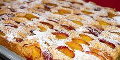 Výborný a neskutočne rýchly hrnčekový koláč s ovocím. Apple Pie, French Toast, Ale, Breakfast, Desserts, Food, Basket, Morning Coffee, Meal