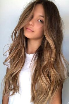 Trendy Hair Color Picture DescriptionBeach Waves For Long Highlighted Hair ❤ Balayage Is The Hottest New Hair Trend! Here we have collected our favorite balayage hairstyles. Now, you will learn how to get it so that it is absolutely best for you! Hair Color Balayage, Balayage Hairstyle, Balayage Hair Brunette Caramel, Balayage Bob, Honey Balayage, Ash Blonde, Balyage Caramel, Balayage Hair Light Brown, Brown Blonde Balayage