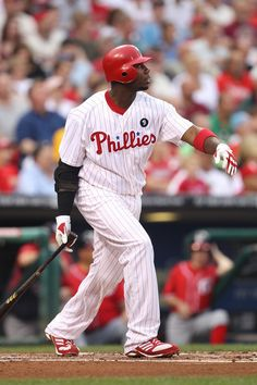 I love professional sports! Especially baseball and the Philadelphia Phillies.