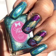 In love with This color... ❤️  #holographic #nailart