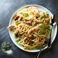 Lemony Spaghetti with Garlic Shrimp