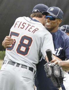 Doug Fister and Austin Jackson hugging. Awwwww